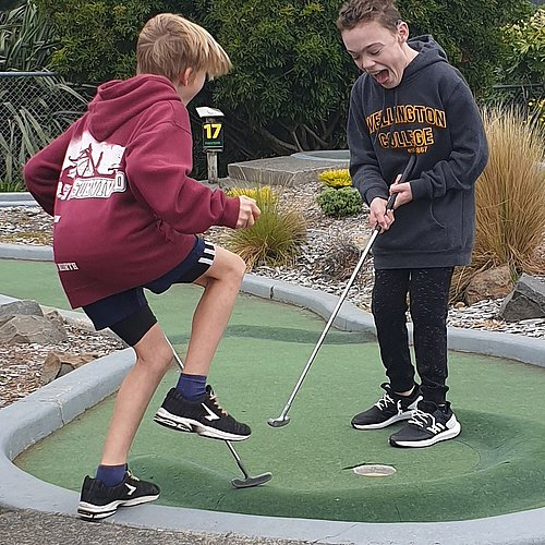 Youth Group Mini Putt