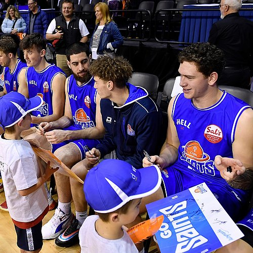 Wellington Saints Game - Photo credit Masanori Udagawa.